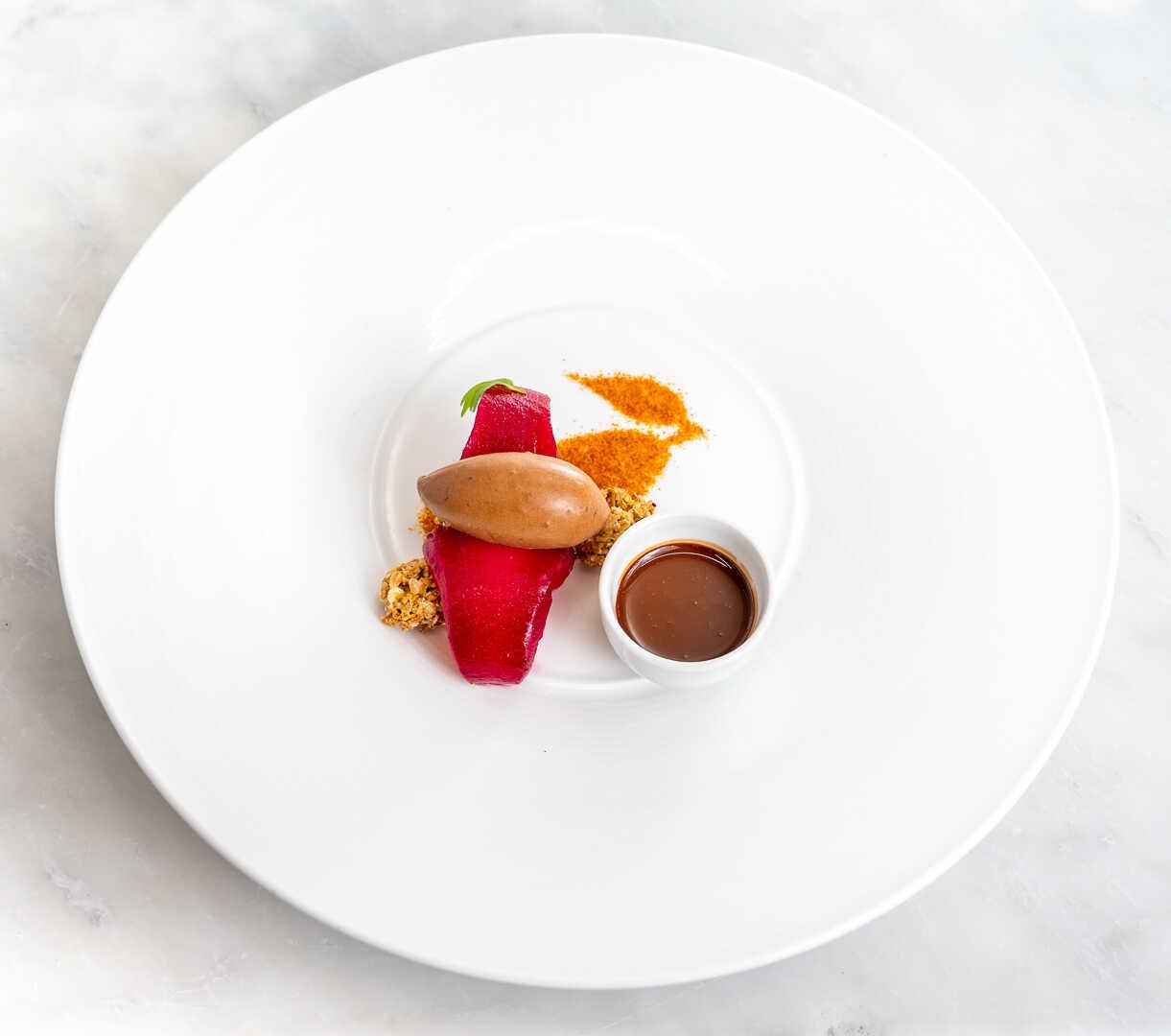 Dessertrett fra restaurant på Voksenåsen