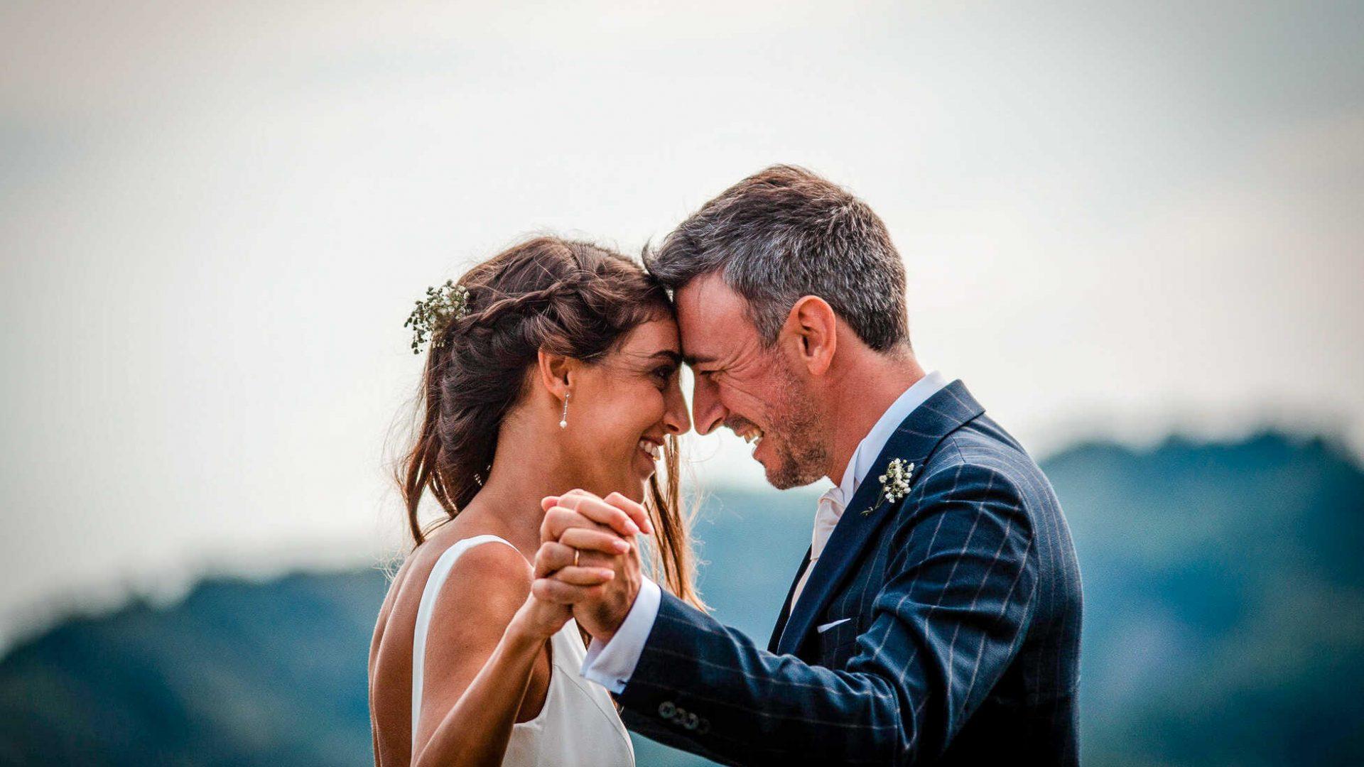 Nygift mann og kone